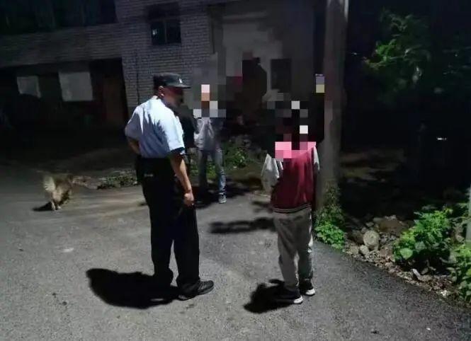 """杭州一男孩报警要求""""父母赔偿肉体、精神损失"""",竟因为……"""