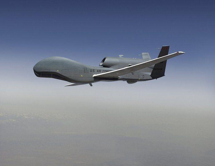 """美国空军""""全球鹰""""无人侦察机 资料图"""