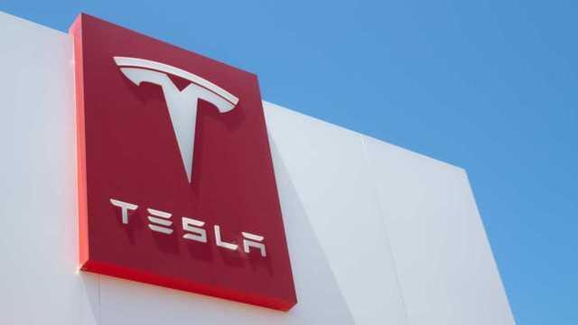 外媒:因制动钳螺栓可能松动,特斯拉在美国召回近6000辆汽车