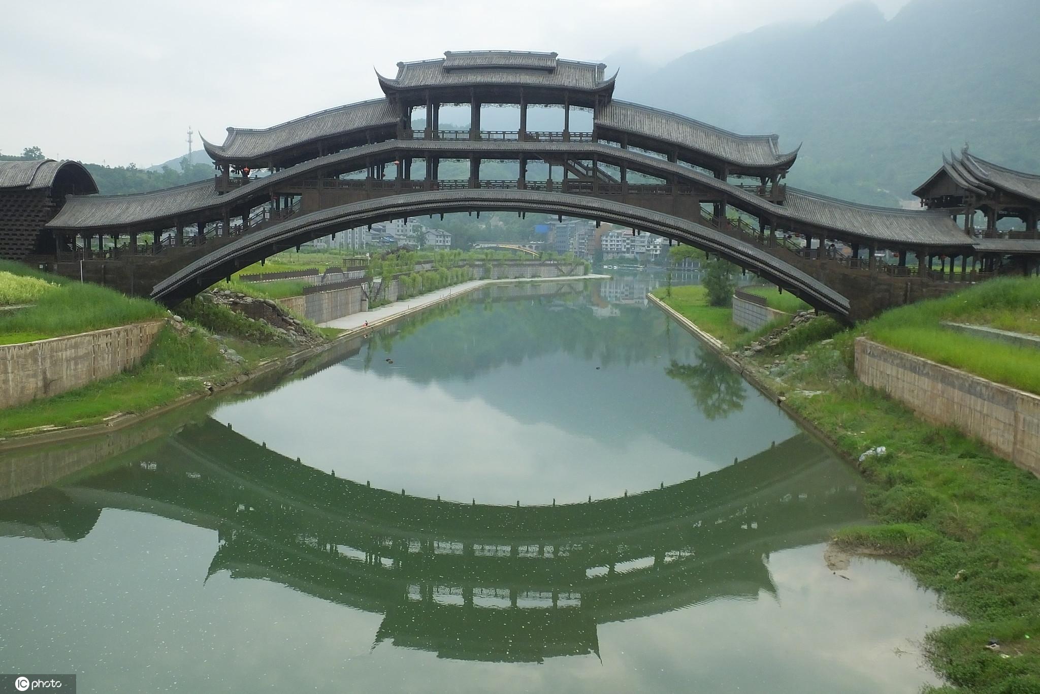 2021五一热门旅游景点云游全国新5A | 重庆市黔江区濯水景区