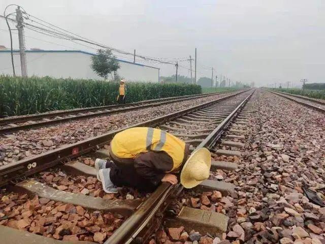周口至北京西K401/402次列车,停运