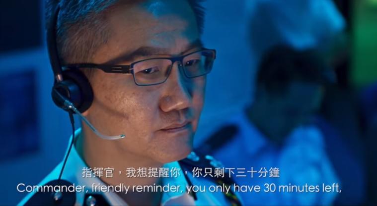 警务处副处长(行动)萧泽颐饰演指挥行动的负责人。