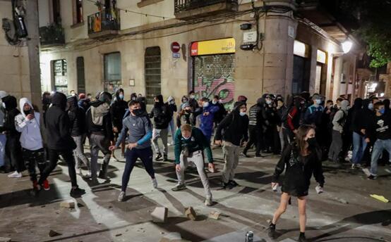 10月31日,巴塞罗那示威现场图 图源:外媒