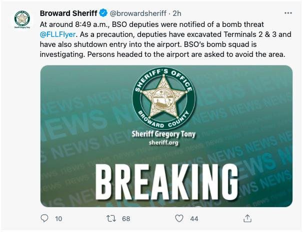 美国劳德代尔堡-好莱坞机场收到炸弹威胁被迫关闭 现已重新开放