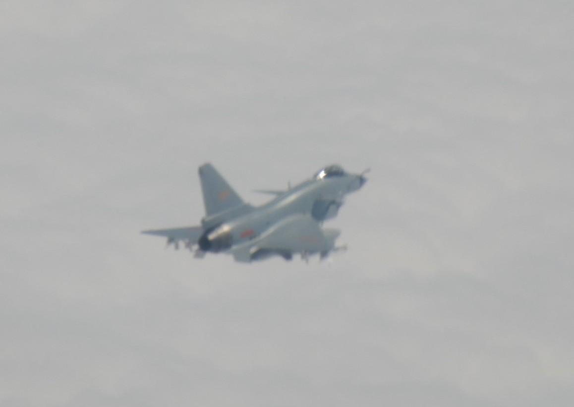 台防务部门1月31日公布的解放军歼-10军机(同型机)照片