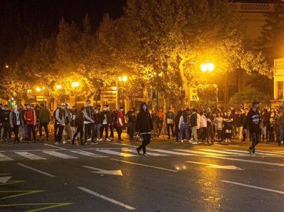 洛格罗尼奥示威现场图 图源:外媒